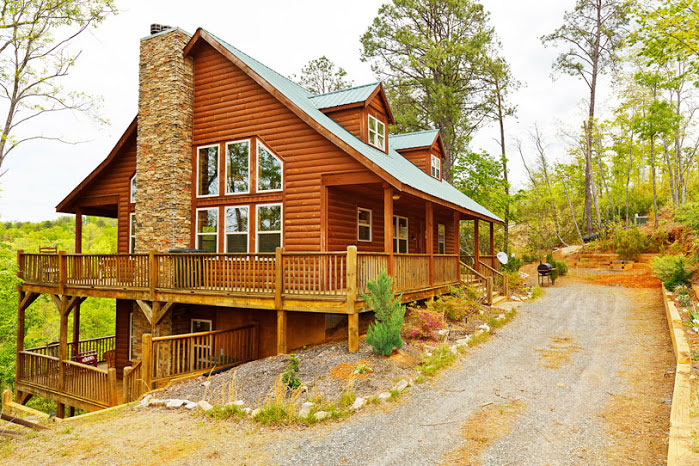 Summit helen ga cabin rentals cedar creek cabin for Large cabin rentals north georgia