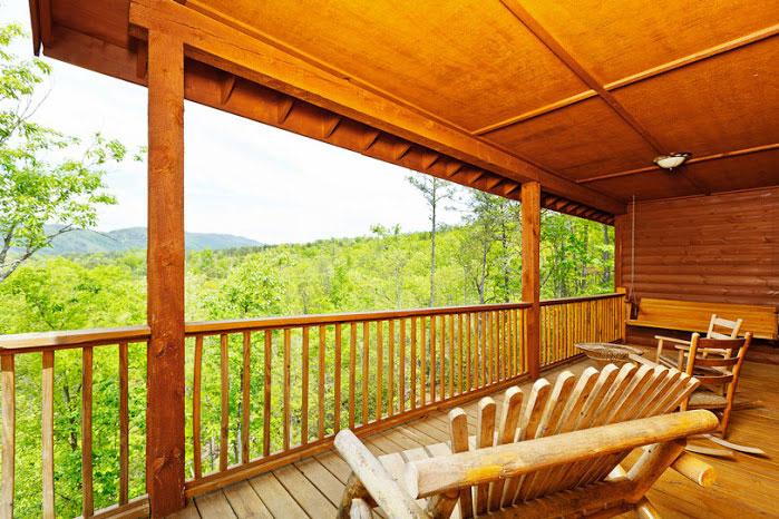 Beautiful views all around for Helen luxury cabin rentals