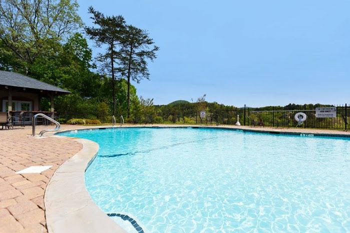 Hummingbird lodge helen ga cabin rentals cedar creek - Cottages to rent with swimming pool ...