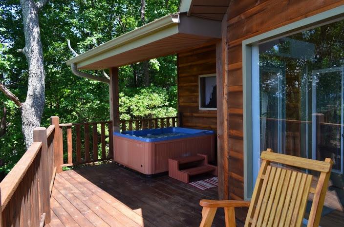 Almost heaven helen ga cabin rentals cedar creek cabin for Helen luxury cabin rentals