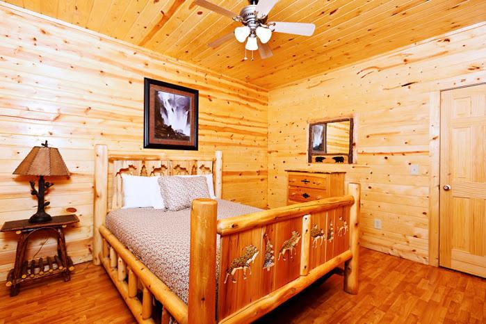 Celebration helen ga cabin rentals cedar creek cabin for 8 bedroom cabins in helen ga