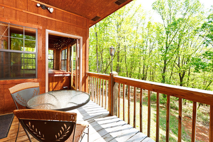 Couple S Retreat Helen Ga Cabin Rentals Cedar Creek