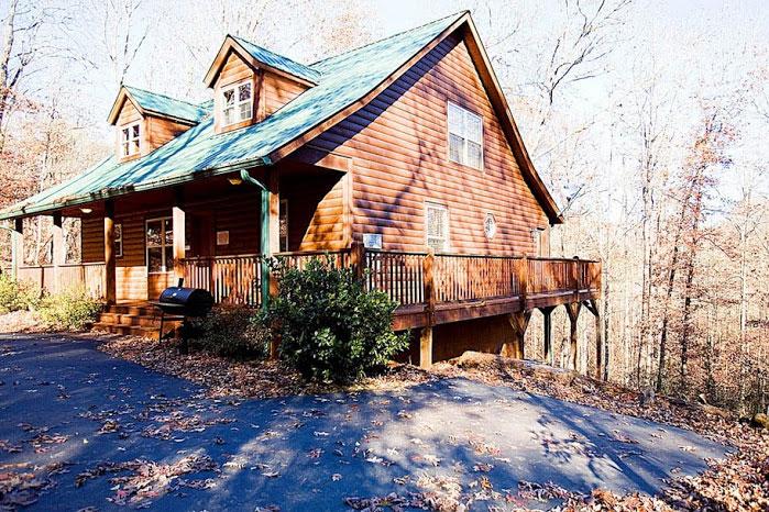 Inspiration helen ga cabin rentals cedar creek cabin for Helen luxury cabin rentals