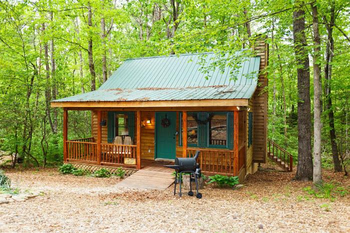 Pinetree lodge helen ga cabin rentals cedar creek for Www helen ga cabins com